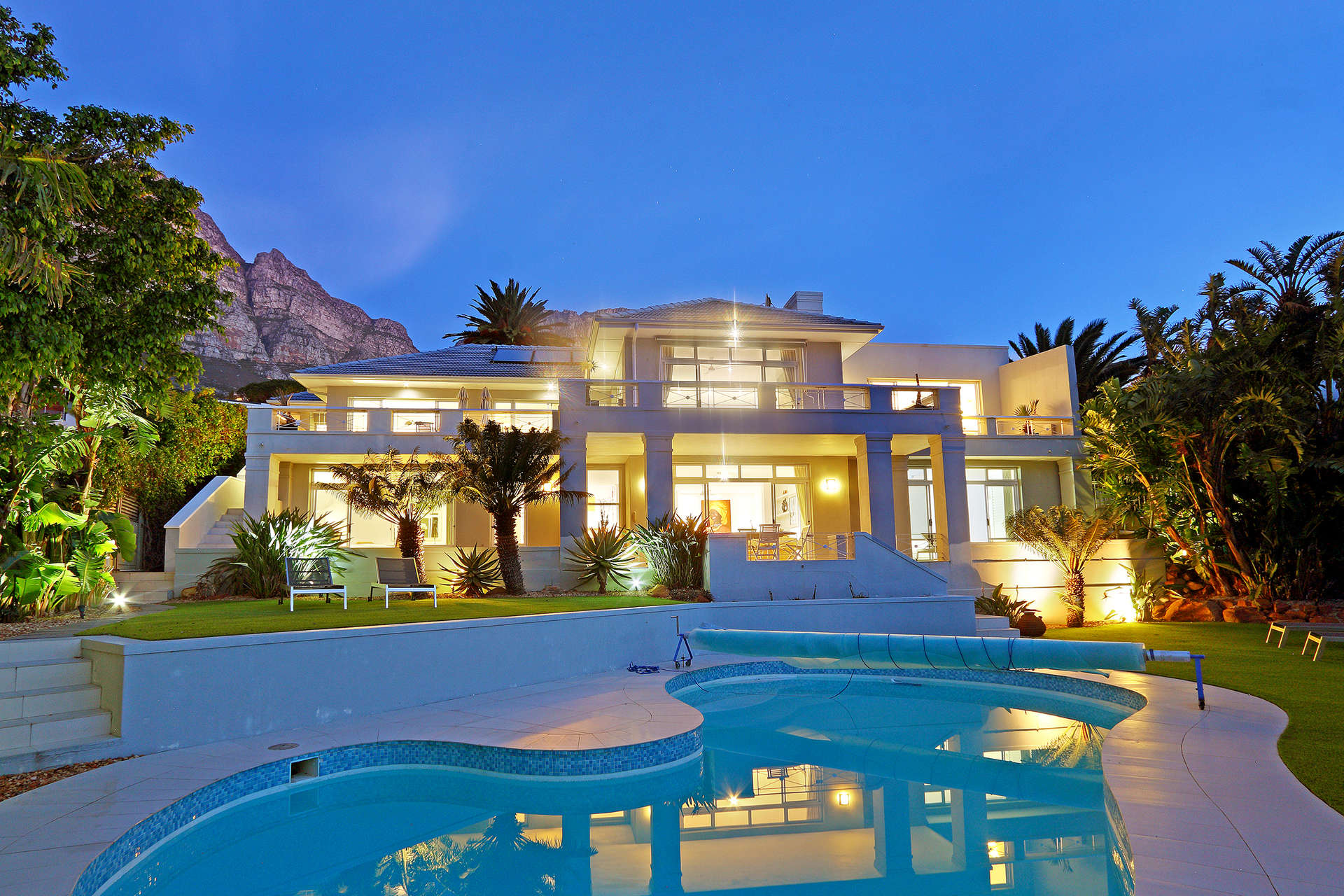 Luxury villa rentals africa - South africa - Capetown - Camps bay ct - Msangasanga - Image 1/20