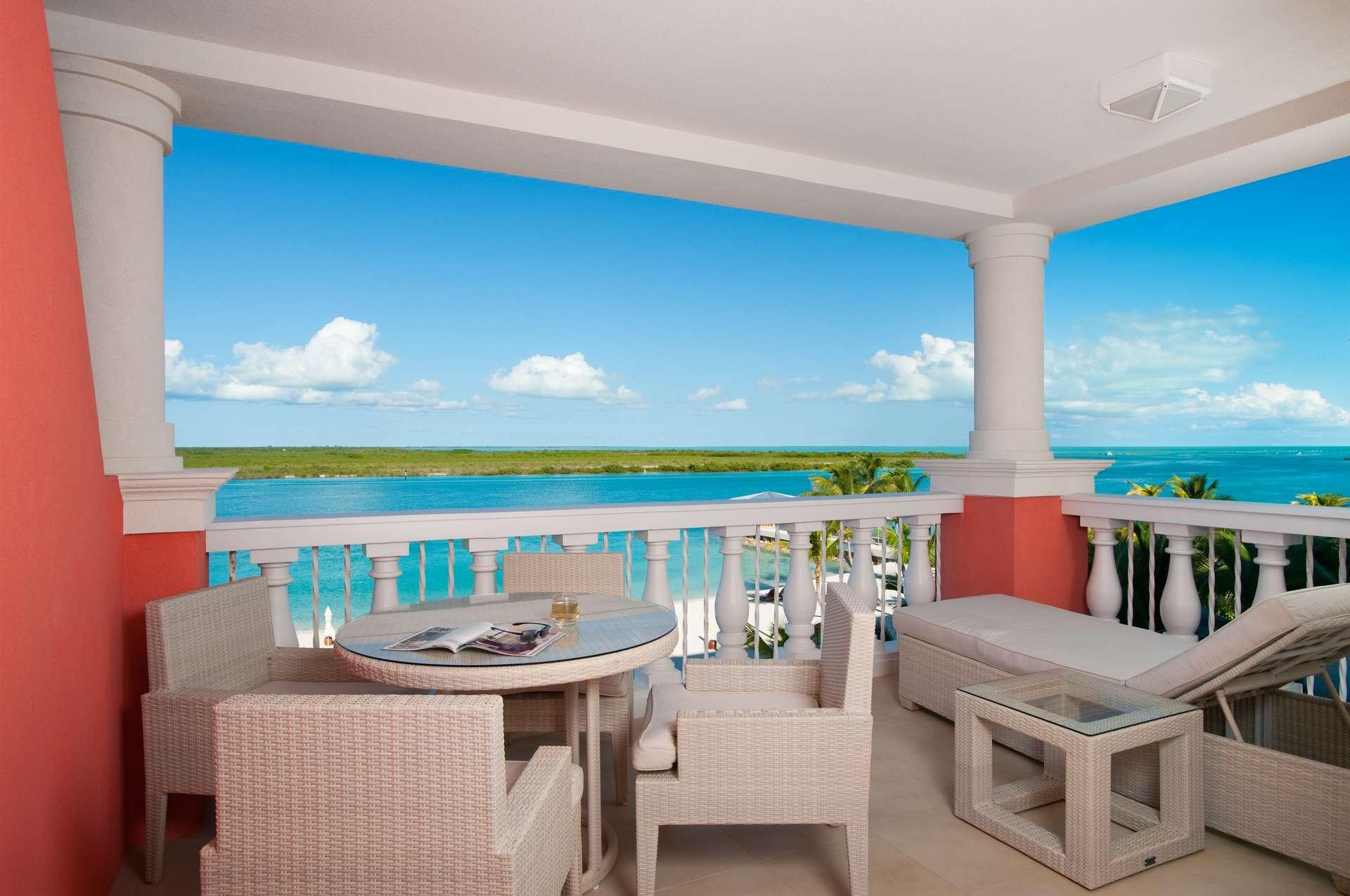 Luxury villa rentals caribbean - Turks and caicos - Providenciales - Blue haven resort - Ocean Front Suites | 1 Bedroom - Image 1/5