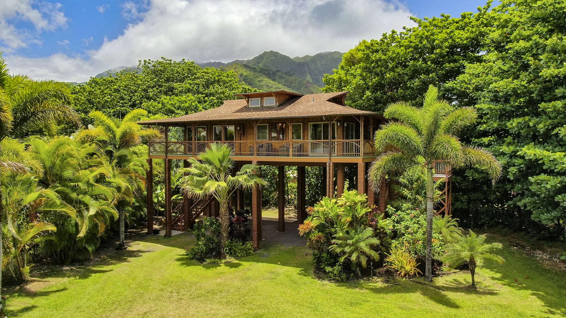 - Tropical Bamboo Hideaway - Image 1/15