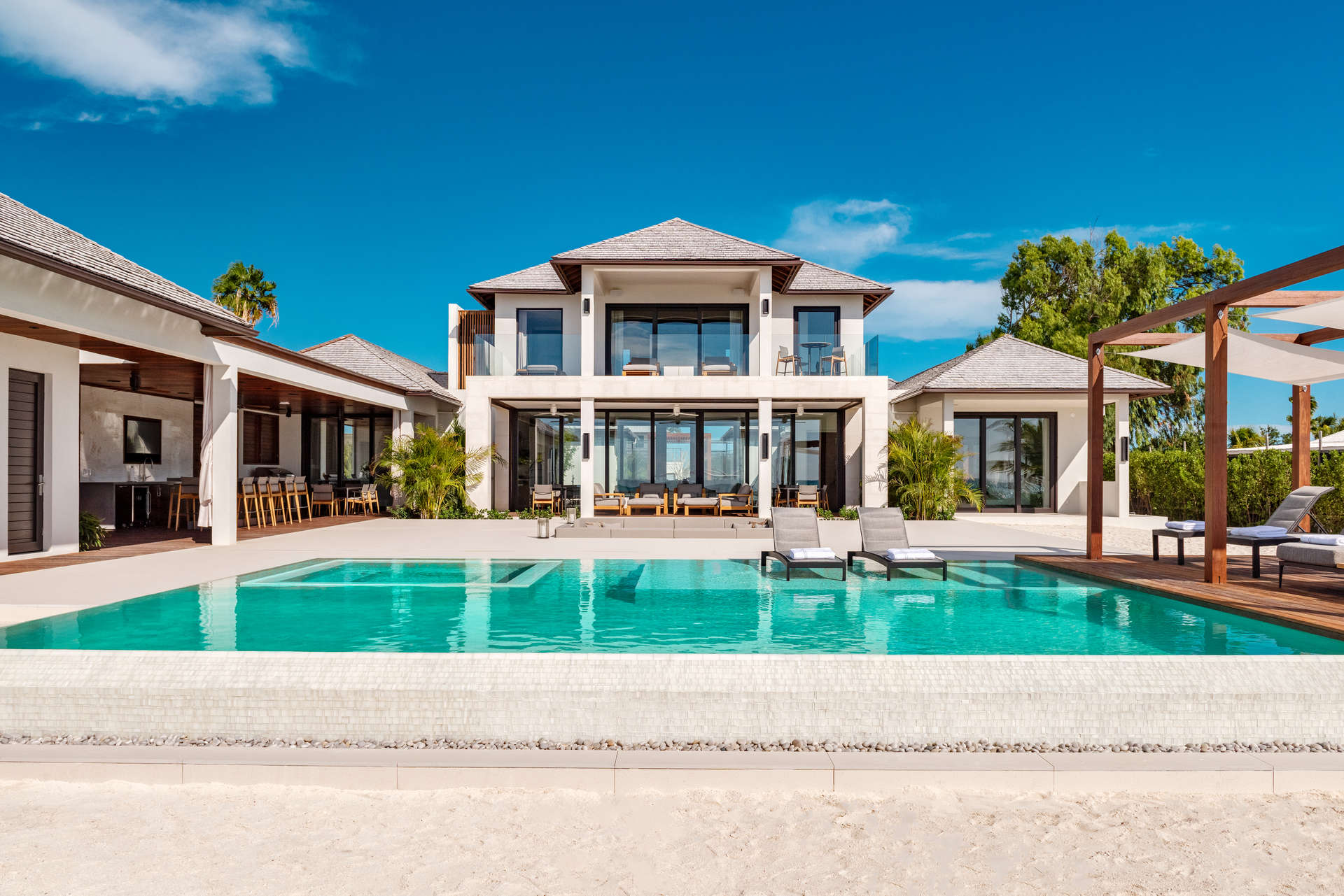 Luxury villa rentals caribbean - Turks and caicos - Providenciales - Grace bay - Vision Beach - Image 1/24
