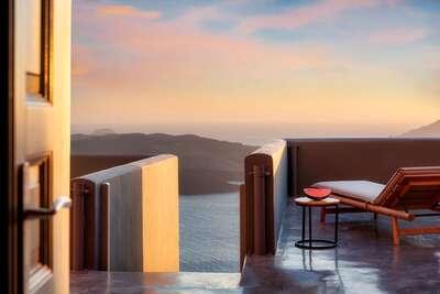Luxury Villa Photo #4