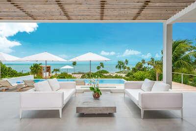 6 Bedroom Beachfront