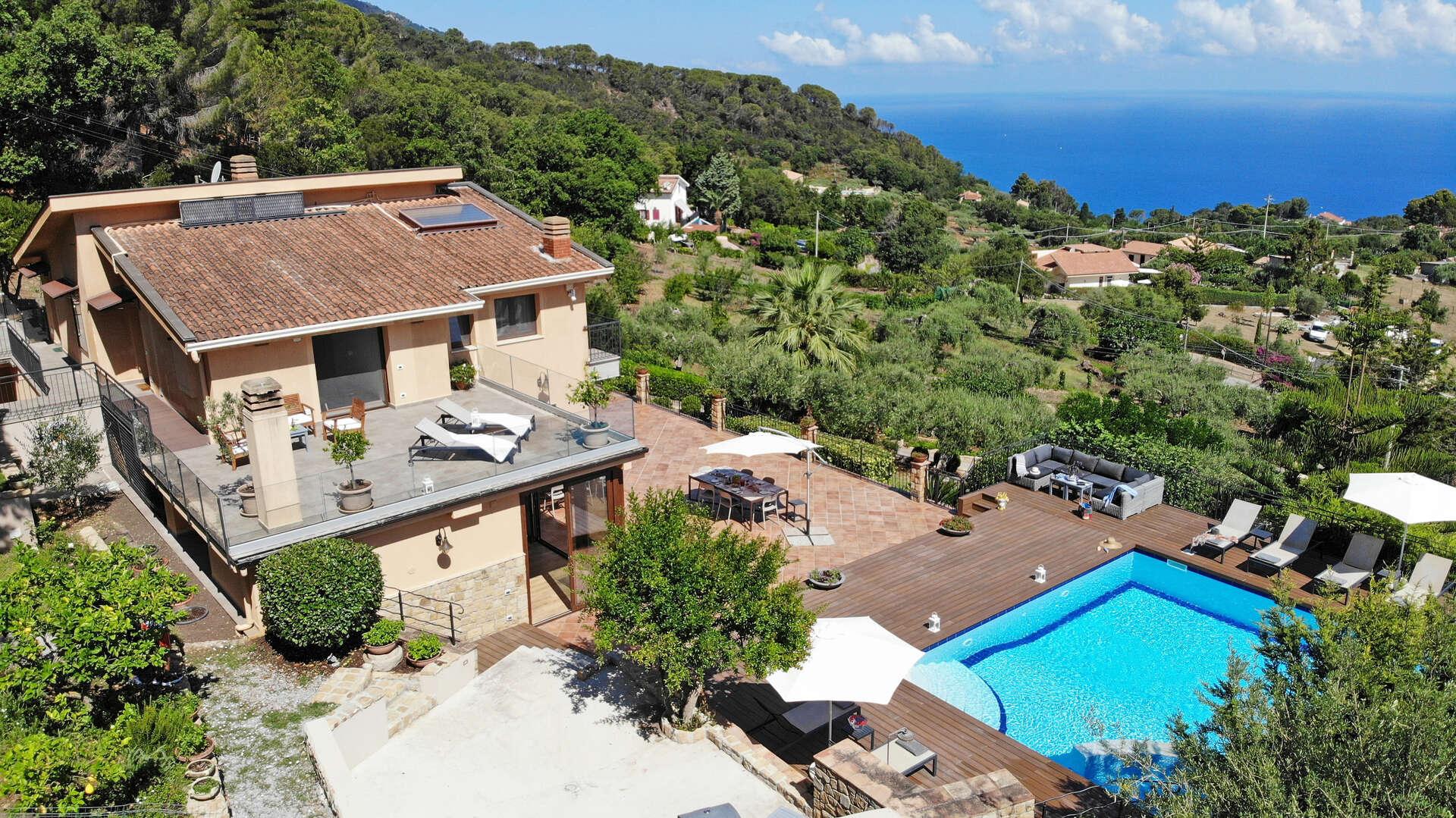 - Villa Provenza - Image 1/23