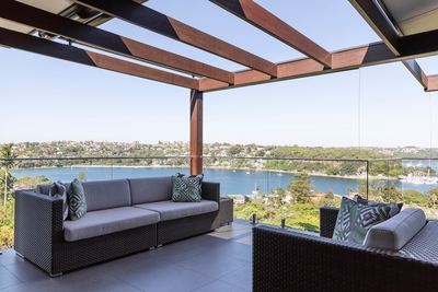 the outdoor lounge area with stunning views