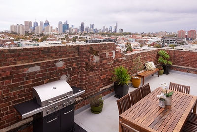 Great terrace with BBQ and amazing views of city