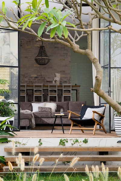 the relaxing outdoor reading nook