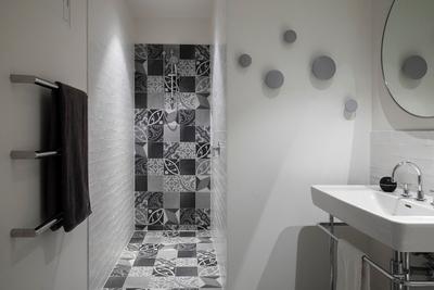 beautiful tiles in bathroom