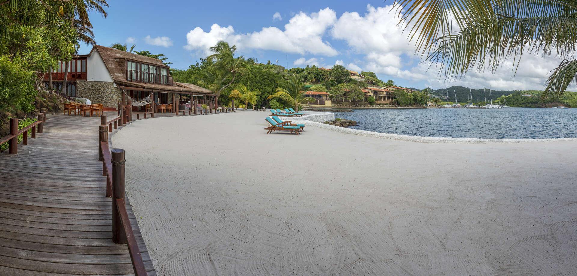 Luxury villa rentals caribbean - Grenada - Lanse aux epines - Mount Hartman Bay Beach House - Image 1/15