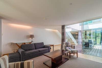 4 BDM Terrace Suite