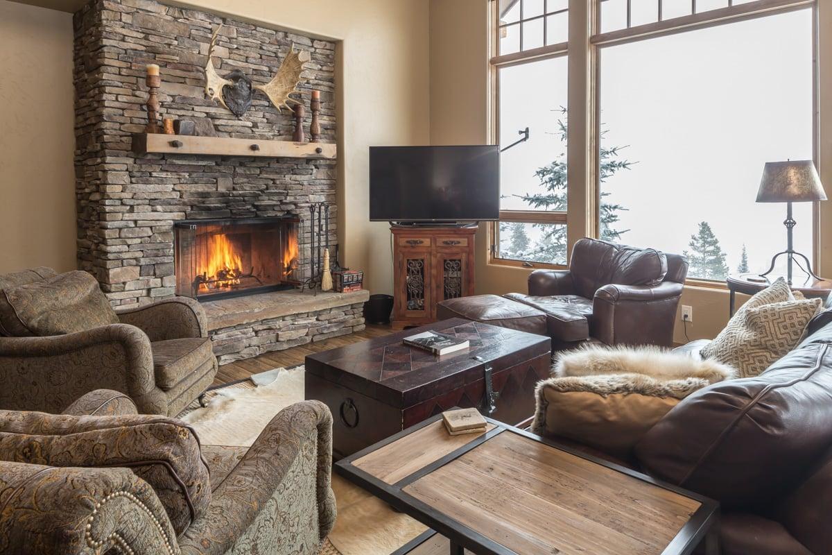 - Big View Luxury Suite - Image 1/17