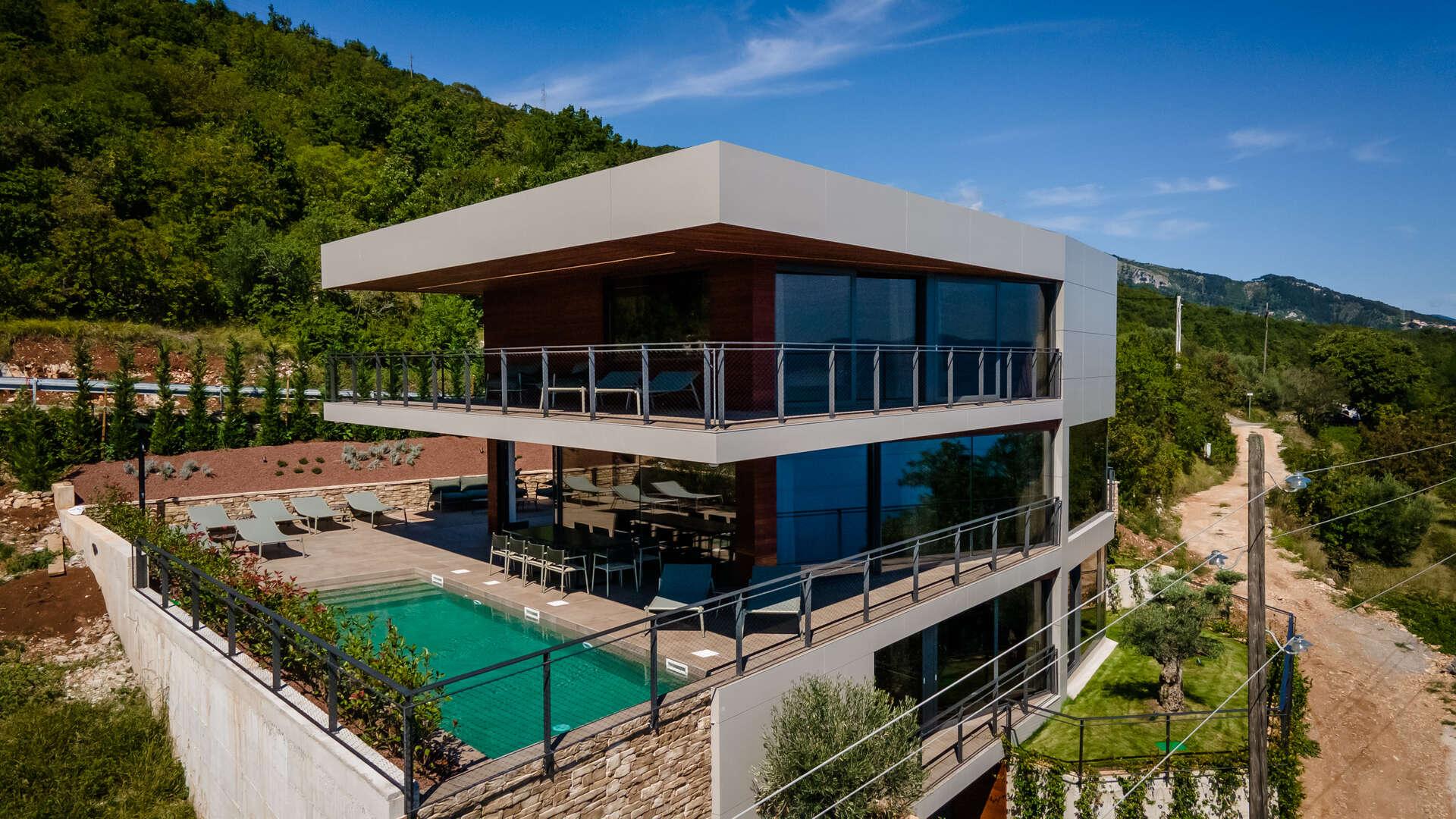 - Villa Illys - Image 1/56