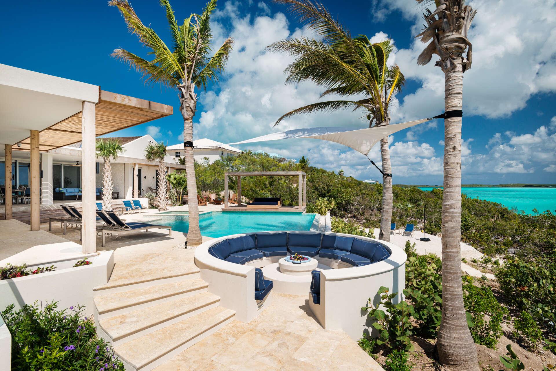 Luxury villa rentals caribbean - Turks and caicos - Providenciales - Chalk sound - Alinna - Image 1/19
