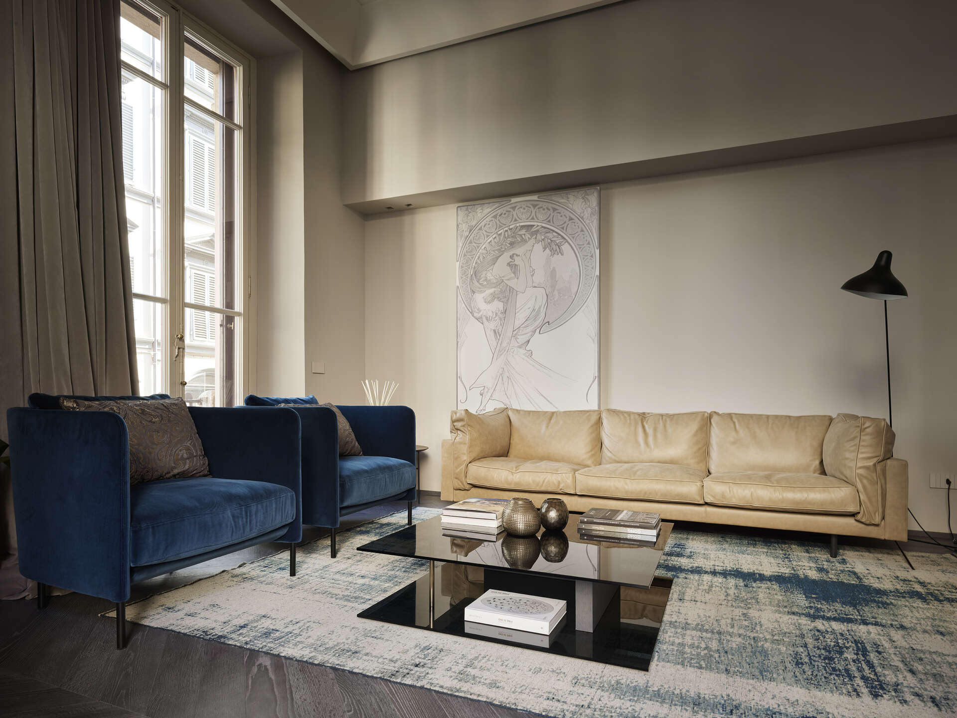 - Duomo Cotemporary Loft - Image 1/22