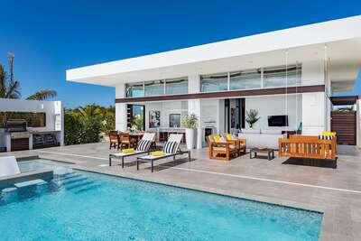 White Villa 7