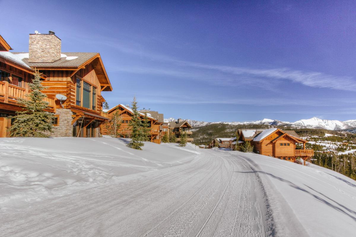- Montana Mountain View Luxury Suite - Image 1/29