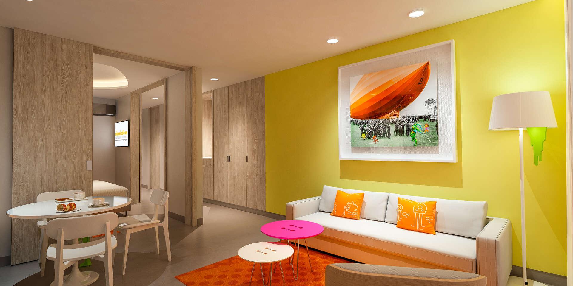 - Swim-Up Oceanfront King Suite - Image 1/19