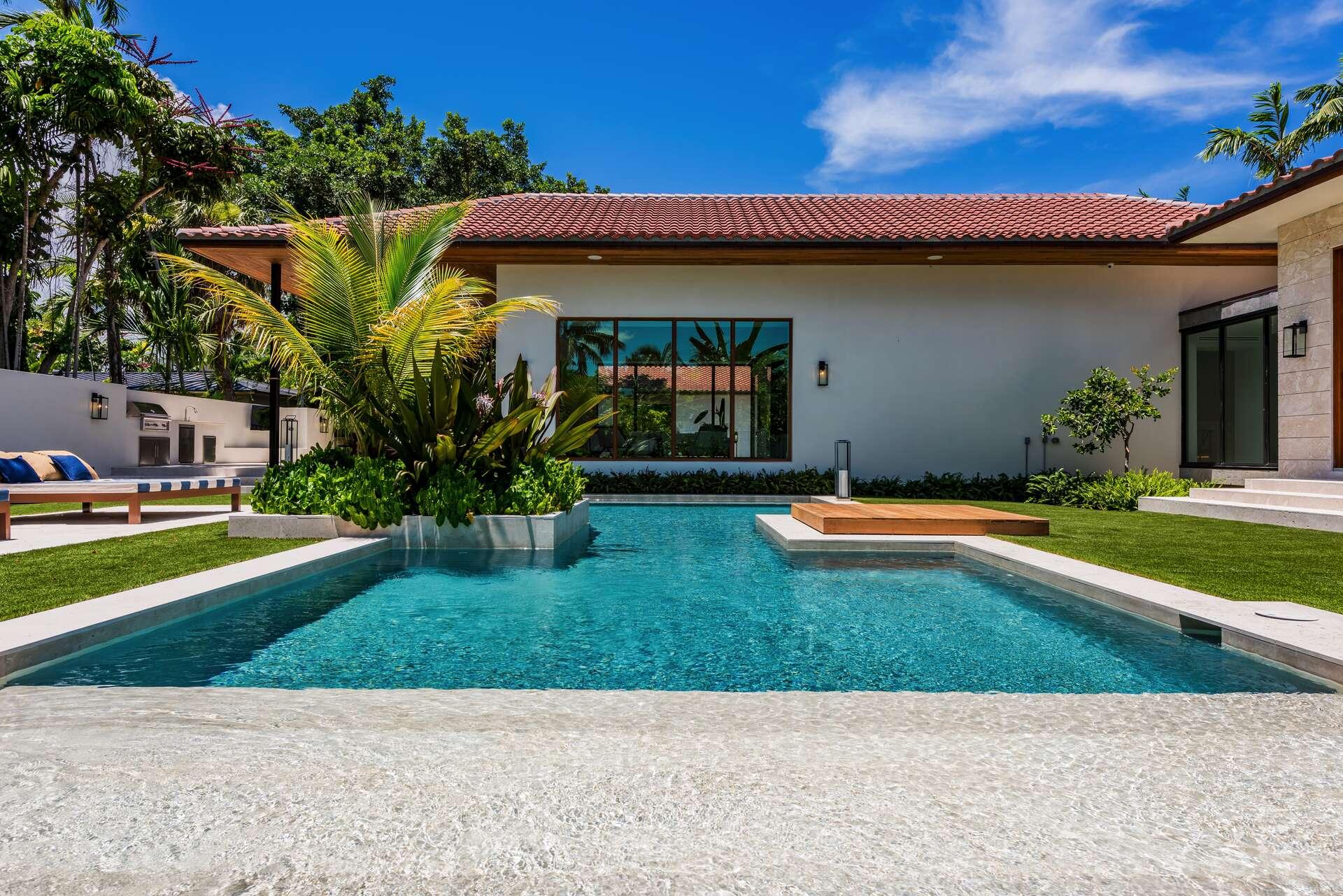 - Villa Marya - Image 1/44
