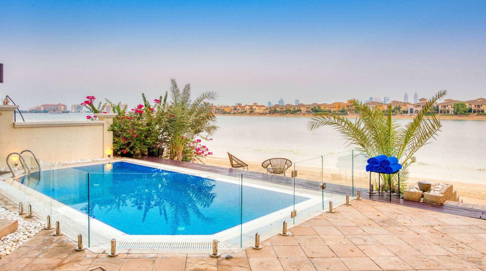 Middle east - United arabemirates - Dubai - Palm Jumeirah 67 - Image 1/23