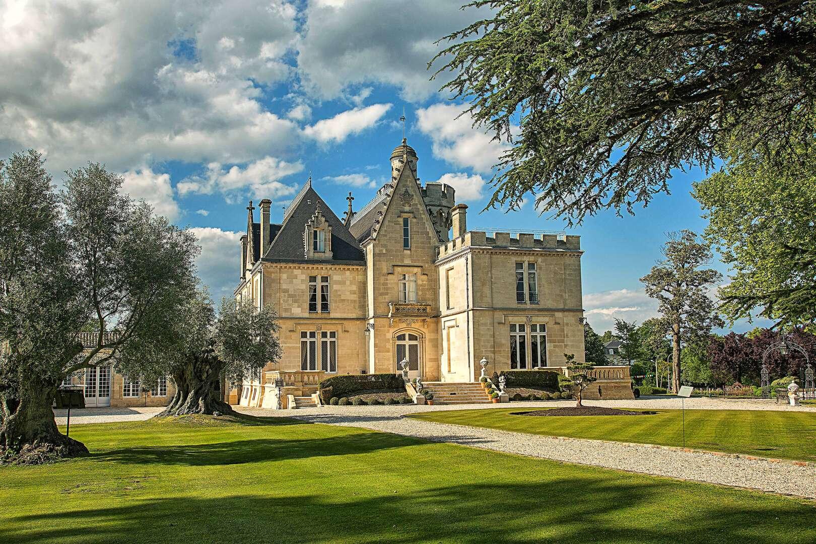 - Chateau Pessac - Image 1/41