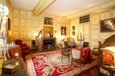 Luxury Villa Photo #11