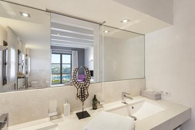 Luxury Villa Photo #34