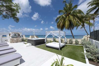 Solaris Beach House