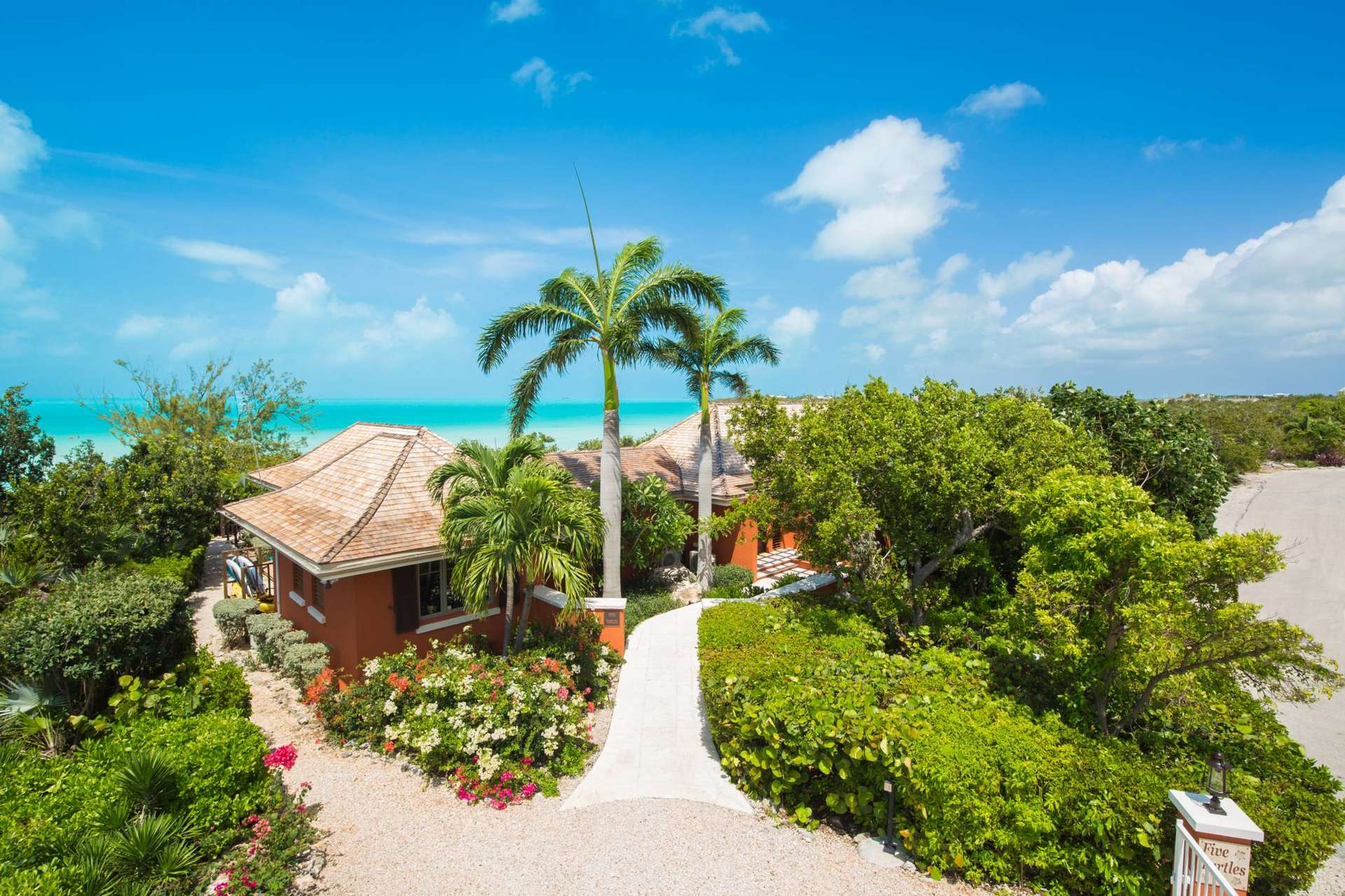 Luxury villa rentals caribbean - Turks and caicos - Providenciales - Chalk sound taylor bay - Five Turtles Villa - Image 1/21