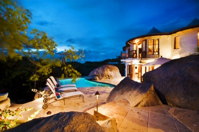 Villa On the Rocks